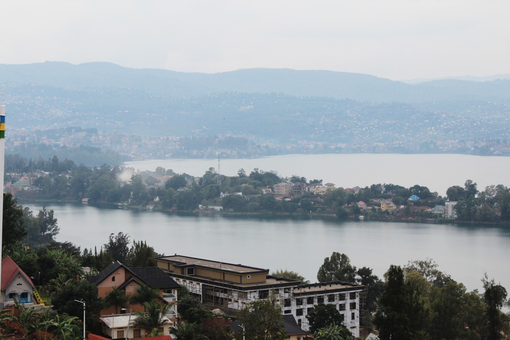 Discovering the Southern Flank of Lake Kivu